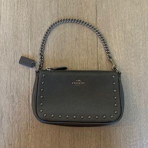 Coach mini bag, no flaws!!